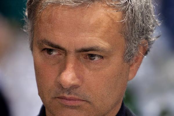 [Deportes] Mourinho : Es imposible ganar la liga