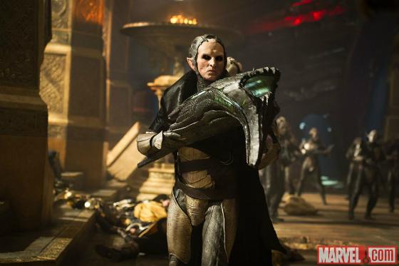 [Cine/Comics] Los elfos de Thor 2 son raros.