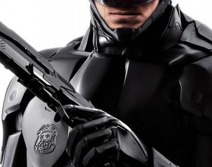 [Cine] El poster de Robocop quedó bonito.